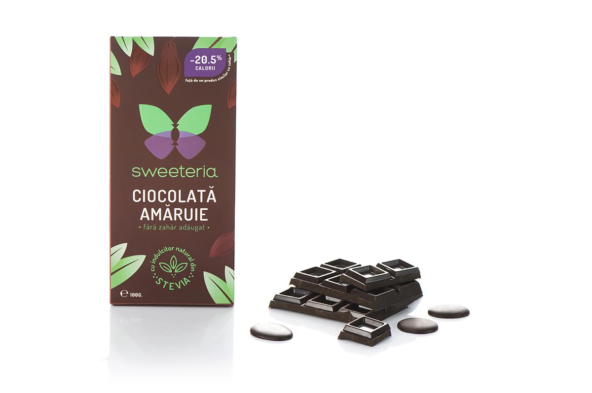 Ciocolata amaruie 70% cu indulcitor din stevie, 100g, Sweeteria drmax.ro