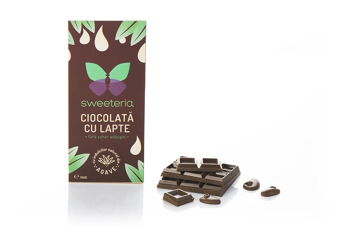 Ciocolata cu lapte cu indulcitor din agave, 100g, Sweeteria drmax.ro