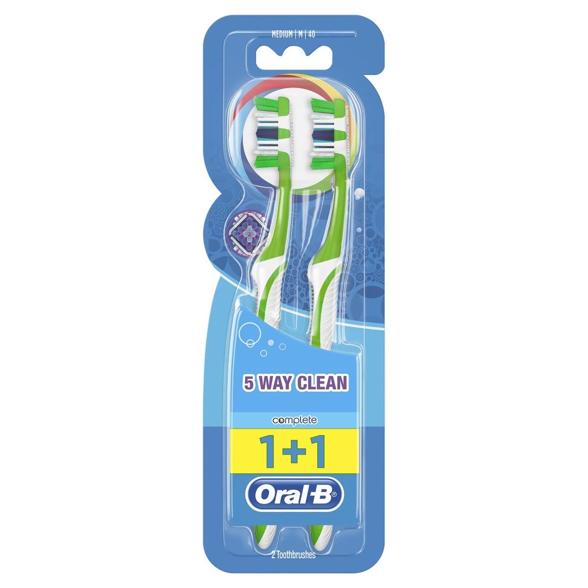 Periuta de dinti Complete 5Way Clean 40 medium, 2 bucati, Oral-B