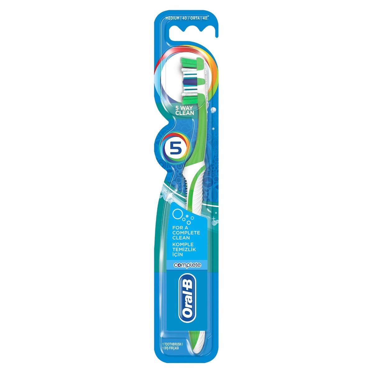 Periuta de dinti Complete 5 Way Clean 40 medium, 1 bucata, Oral-B drmax.ro