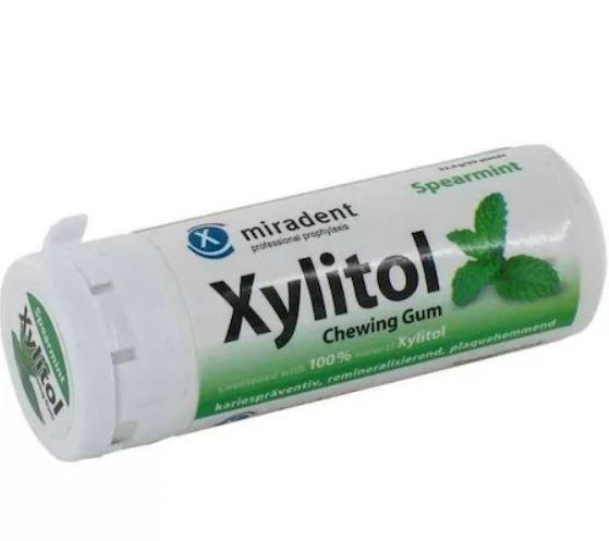 Guma de mestecat cu Spearmint si Xylitol, 30g, Miradent drmax.ro