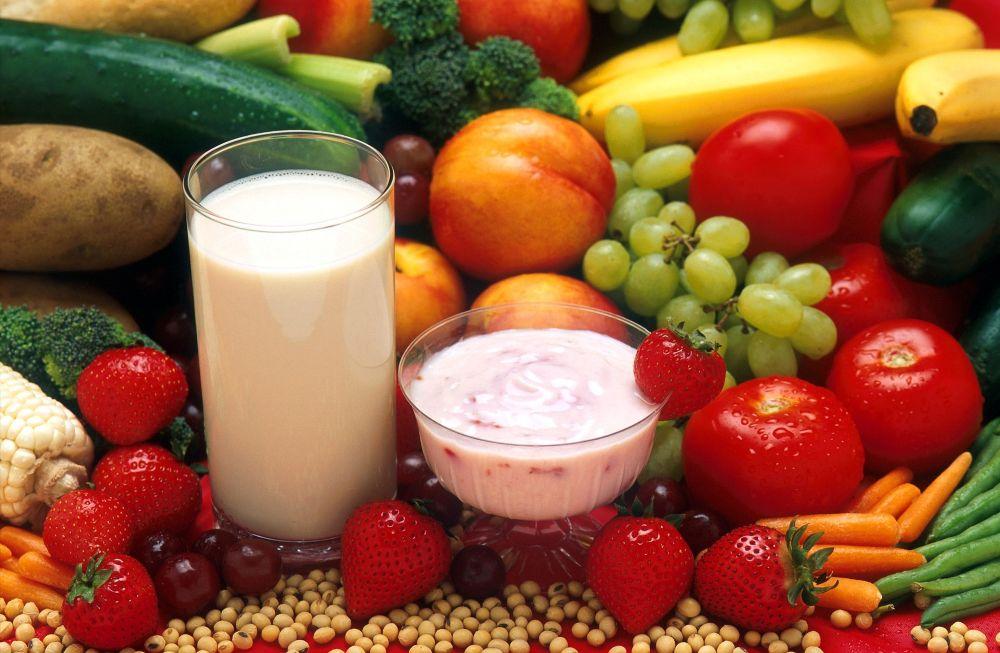 Suferi de acnee? Iata 9 recomandari de dieta prin care poti s-o reduci in 2 saptamani