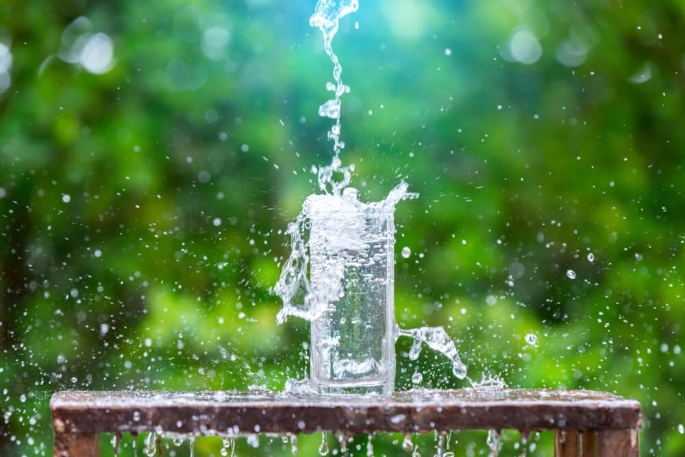 trebuie să beau apă în varicoză)